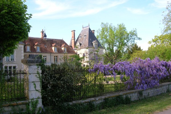 Igny France  city images : Bed & breakfast in La Perche Igny Château
