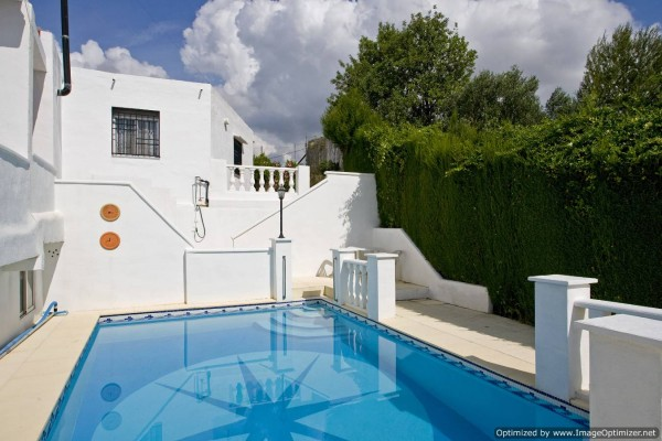 Apartment in torrent valencia villa casablanca self for Classic house torrent